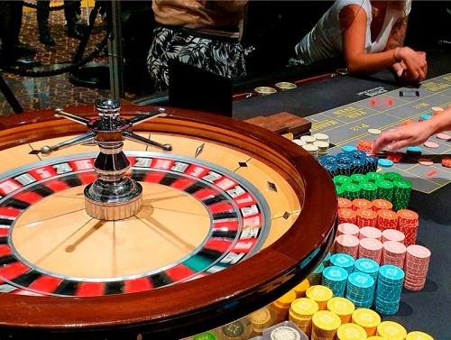 Plage de Pornichet : un été animé et convivial au restaurant du Casino