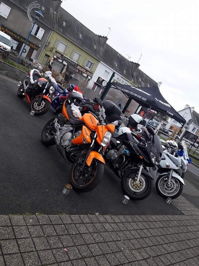 Parade de Noël et exposition de motos