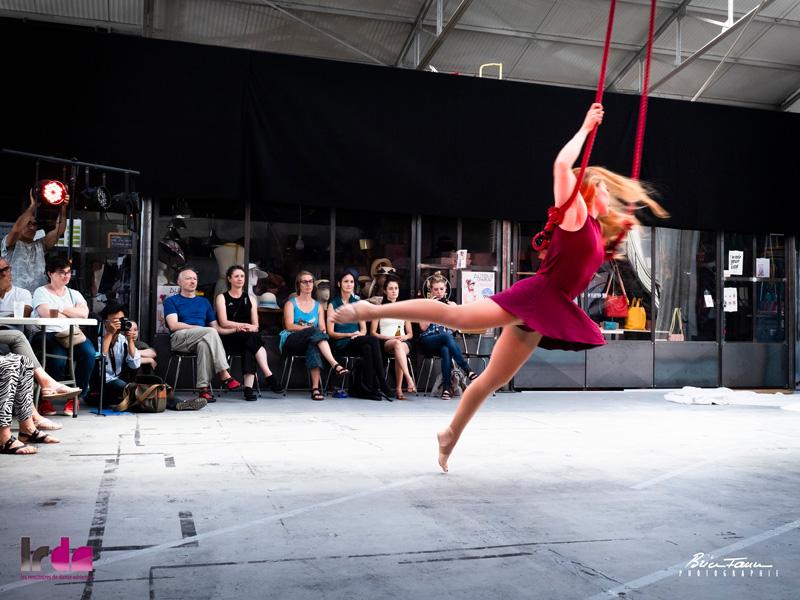 Spectacle de danse aérienne