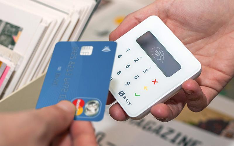 paiement carte bancaire sans terminal SumUp Air, le terminal de paiement révolutionnaire