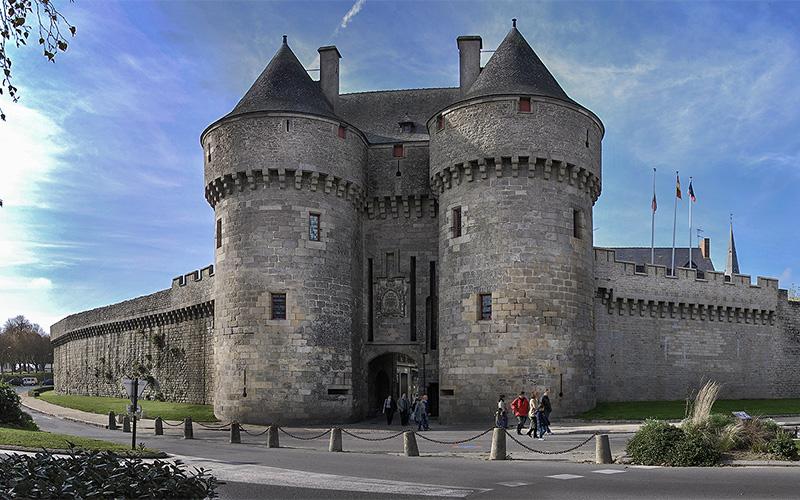 Guérande : la porte Saint-Michel se refait une beauté