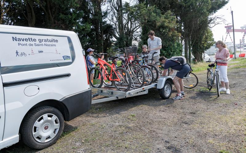 Pont de Saint-Nazaire : retour de la navette à vélos pour Pâques