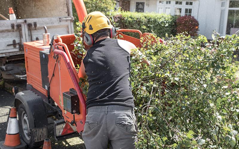 Opération de broyage de végétaux itinérant autour de Saint-Nazaire