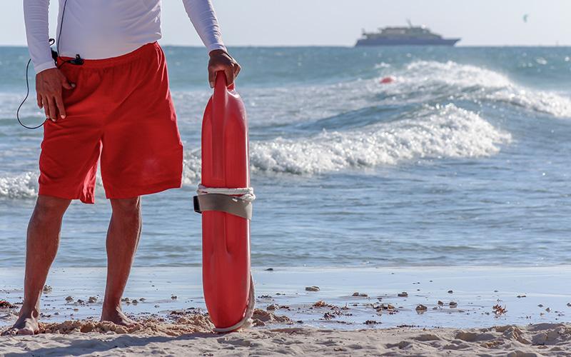 Saint-Nazaire : la ville forme ses futurs nageurs-sauveteurs