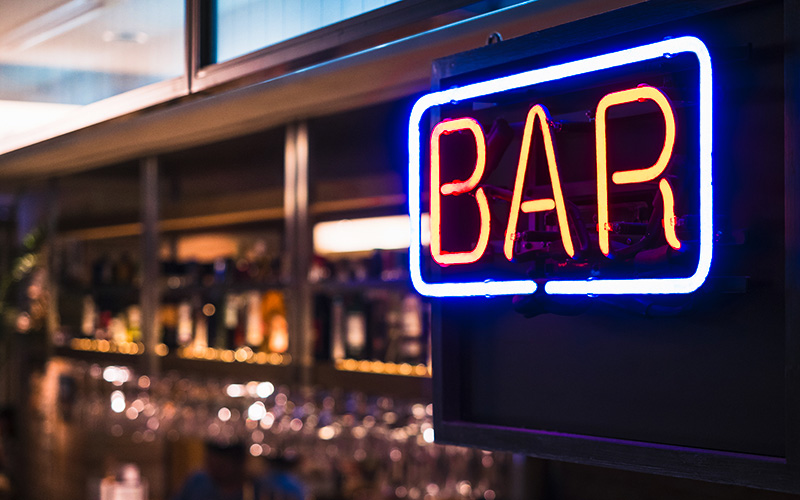 Loire-Atlantique : fermeture des bars à 22h jusqu'au 3 novembre