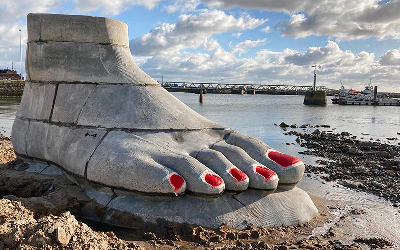 Saint-Nazaire : l'œuvre du Voyage à Nantes Le Pied est passé chez la manucure
