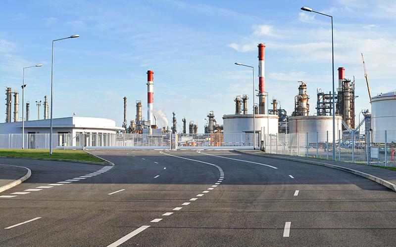 Donges : fuite de pétrole brut à la raffinerie Total