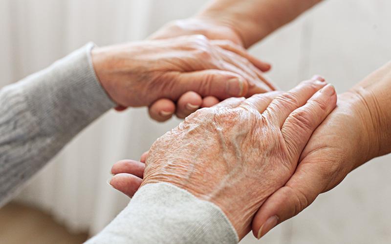 L'association Vivre et Vieillir à Saint-Nazaire cherche des bénévoles