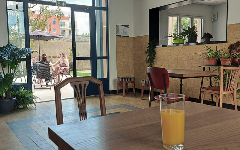 Saint-Nazaire : un bar éphémère ouvre à Bain Public