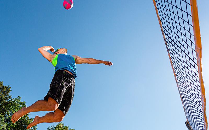 Saint-Nazaire : le SNVBA organise un tournoi de volley sur herbe en 3x3